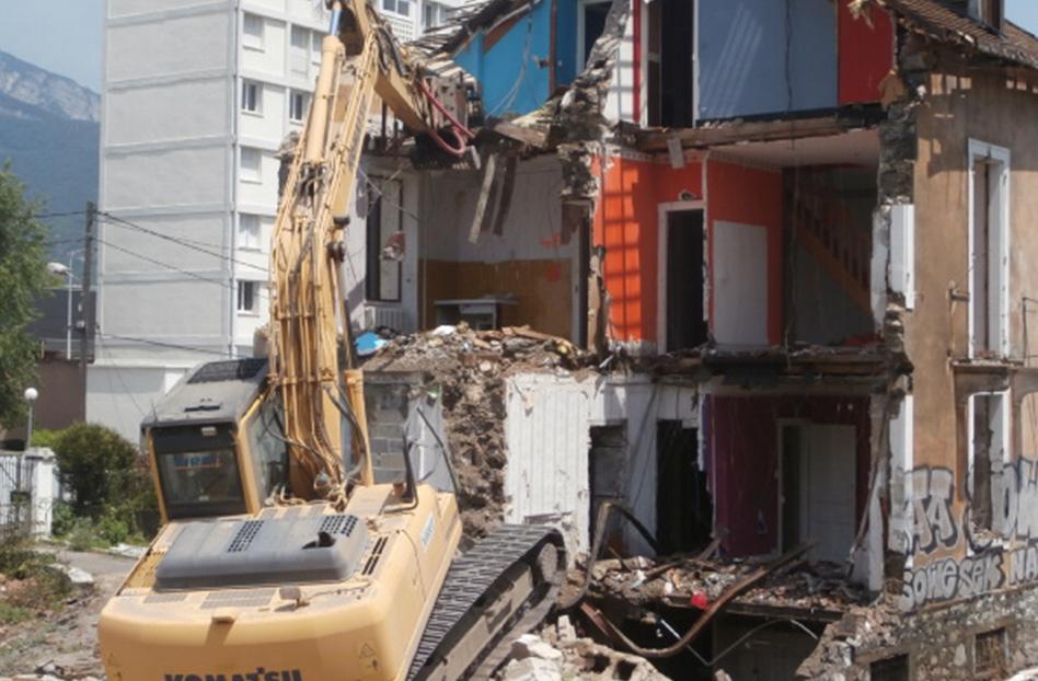 SARL Viret Travaux de démolition Annecy et démolition Aix-les-Bains pour vos chantiers dans le 73 et 74